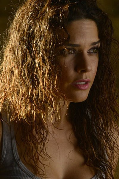 Angélica Celaya as the visionary Zed Martin.